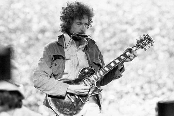 آلبوم موسیقی باب دیلن فیلم می گردد
