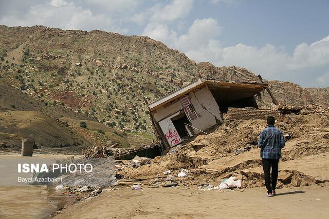وزارت نیرو در جبران خسارت سیل به کمک لرستان بیاید
