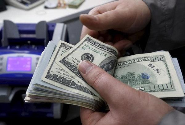 قیمت دلار مبادله ای کاهش یافت