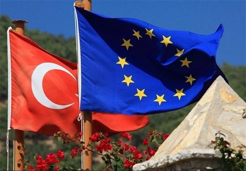 اروپا بر سر دوراهی خروج یا پایبندی به توافق پناهندگان با ترکیه