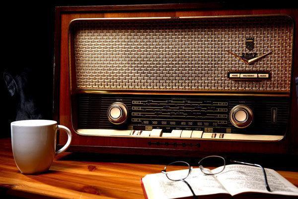 سمسارستان روی آنتن رادیو صبا می رود