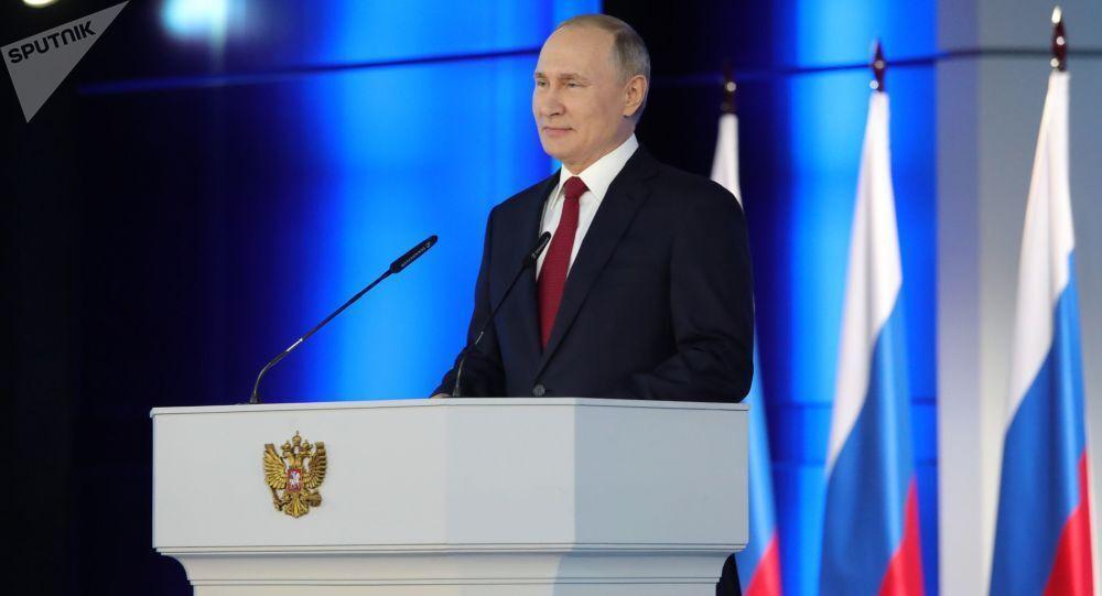 خبرنگاران درخواست پوتین از مردم روسیه برای شرکت در همه پرسی اصلاح قانون اساسی