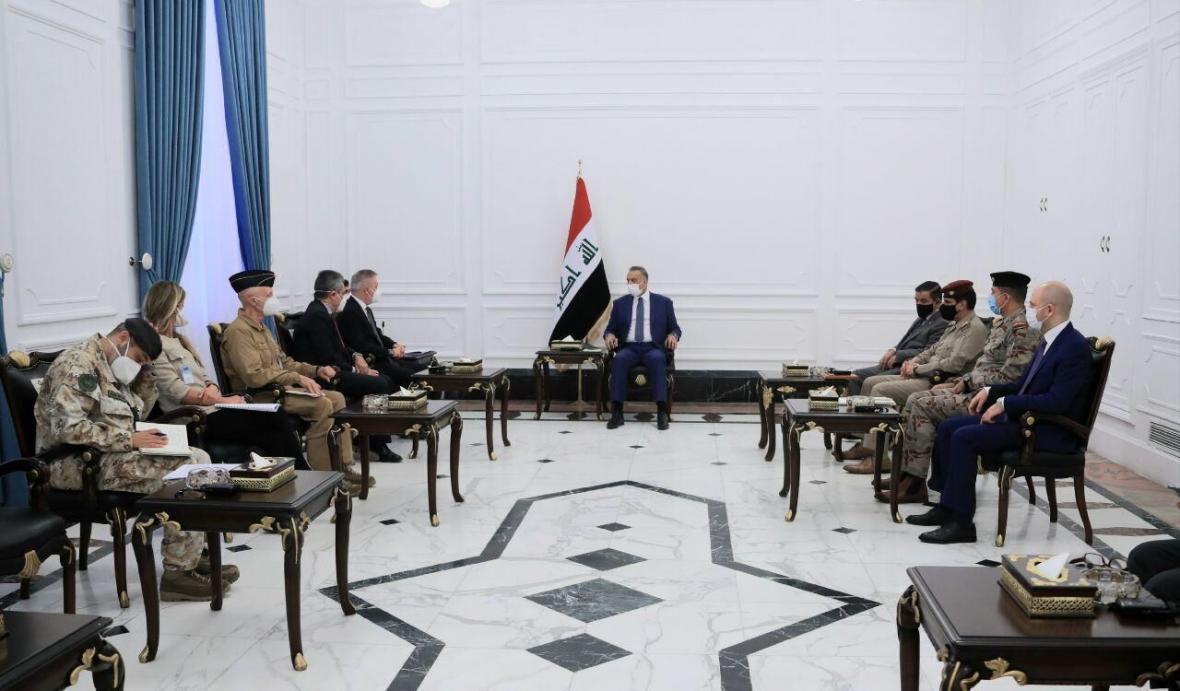 خبرنگاران ملاقات وزیر دفاع ایتالیا با نخست وزیر عراق