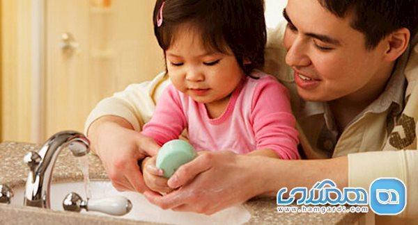 نکاتی درباره آموزش شستن دست ها به بچه ها