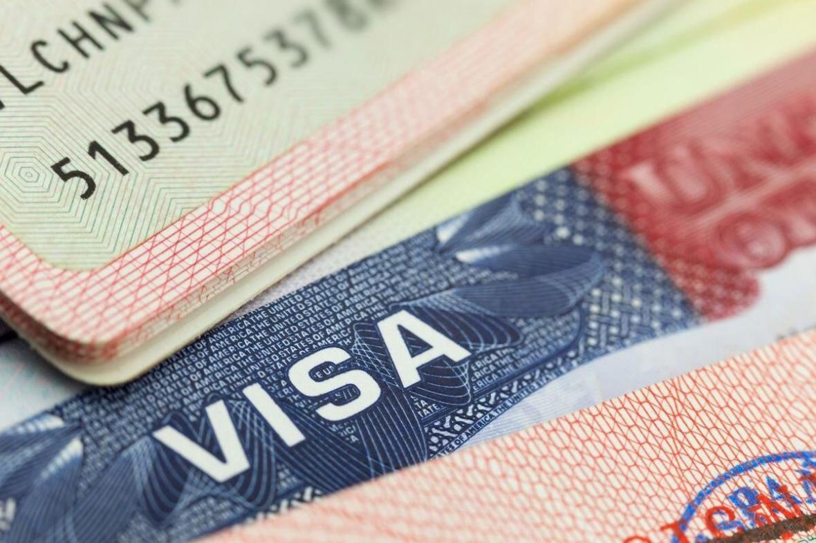 خبرنگاران آمریکا محدودیت ویزا برای 14 ایرانی اعمال کرد