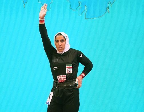نخستین بانوی مدال آور وزنه برداری ایران مصدوم شد