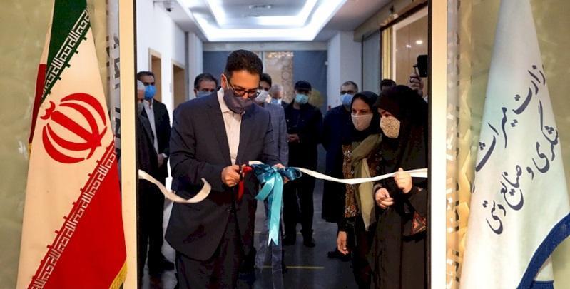 افتتاح نمایشگاه آثار مسابقه ملی طراحی و اجرای صنایع دستی در موزه ملی