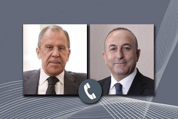 چاووشاوغلو و لاوروف تلفنی گفتگو کردند