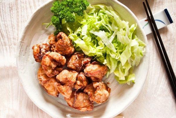 معرفی چند نمونه از دلچسب ترین غذا های ژاپنی