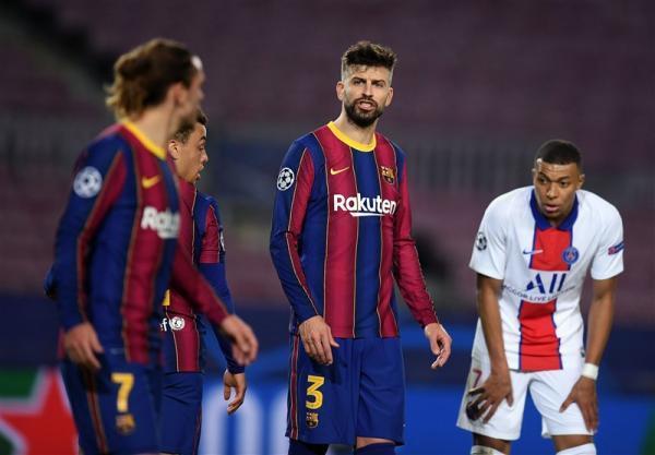 مشاجره پیکه و گریزمان در شب تحقیر بارسلونا: لعنت به تو آنتوان، توپ را لو نده!