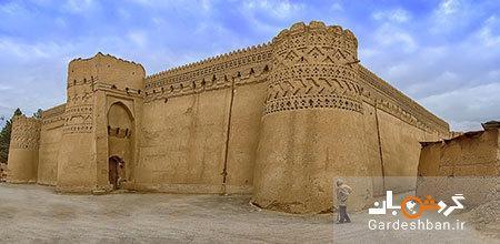 قلعه تاریخی و شگفت انگیز مهرجرد در میبد، عکس
